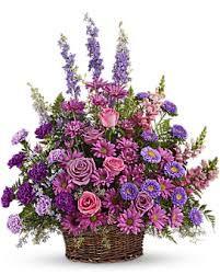 Kuvahaun tulos haulle romantic lavender flower basket
