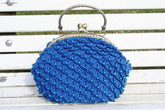 https://www.etsy.com/listing/205388695/a-clutch-made-in-crocodile-stich?ref=shop_home_active_9