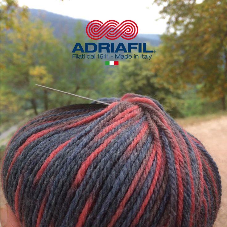 Viene voglia di pensare al fresco vero? #filatifantasia autunno/inverno 2017/2018 #Adriafil dalla A alla Z: http://bit.ly/AdriafilFilatiFantasia …