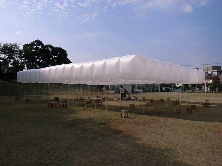 """Pabellón construido dentro del """"Machi-Yatai project"""" - University of the arts"""" en el año 2009."""