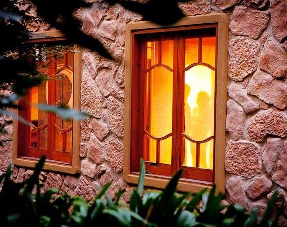 Witches Falls Cottages, Mt Tamborine - Scenic Rim Escapes|Scenic Rim Escapes