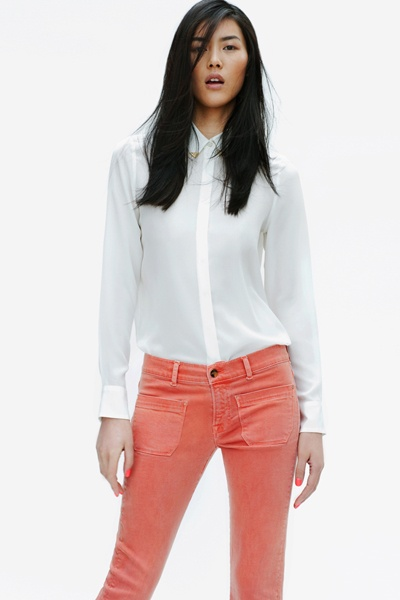 Love this simple look.: Blouses, Coral Jeans, Colors Jeans, Smart Casual Smart, White Shirts, Work Wardrobes S S 2012, Apricot, Sconces, Colors Denim