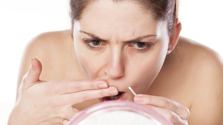 Prosty i bezbolesny sposób na wąsik. Domowa pasta na niechciane włoski