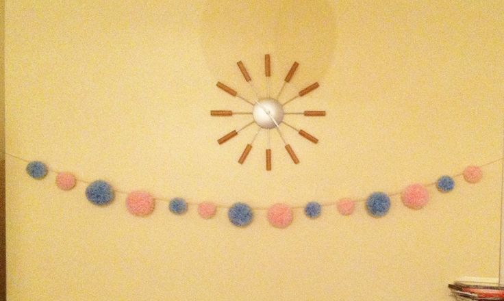 pink and blue pompom garland