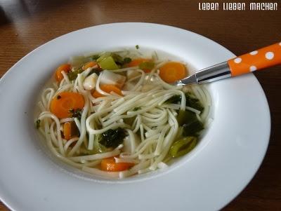 Apfelmus und Suppe - Schonkost bei Halitha