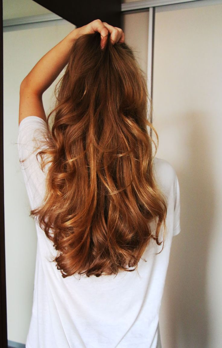 Why Sock Bun Curls Will Change Your Life: Kinda Barbie