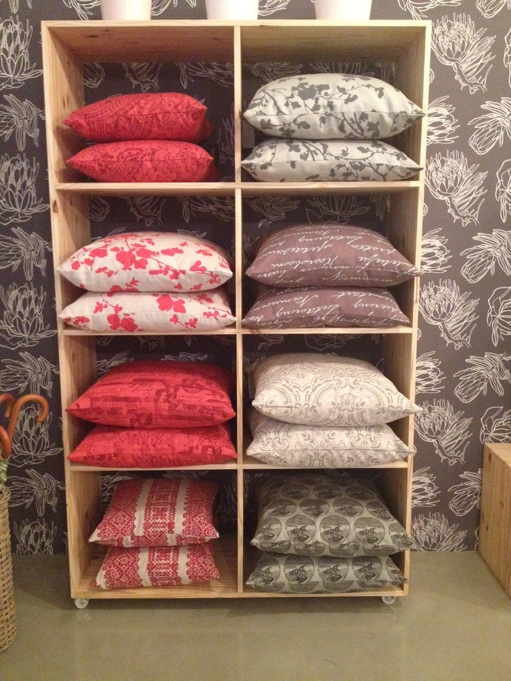 Throw Pillow Display Rack : 17 Best images about parnak on Pinterest Linens and lace, Cute pillows and Cushion covers