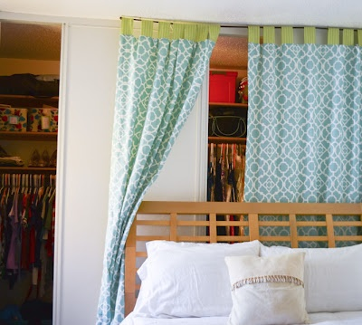 Dorm Room Design   Add A Splash Of Color With Curtains