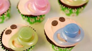 How To Make Pacifier Cupcakes