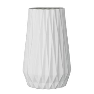 This vase from Bloomingville is so perfect for flowers, brings life to everything!