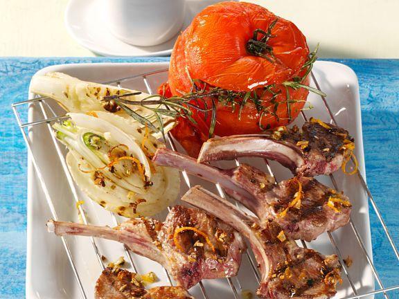 Gegrillte Lammkoteletts ist ein Rezept mit frischen Zutaten aus der Kategorie Fleisch. Probieren Sie dieses und weitere Rezepte von EAT SMARTER!