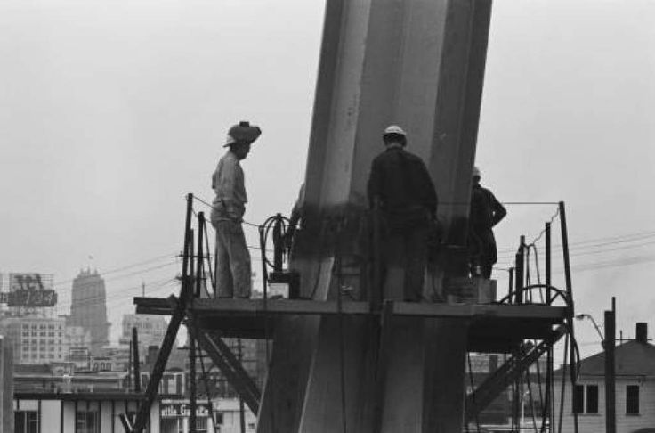 Previously Unpublished Photos Of Space Needle Construction Space Needle Seattle History Photo
