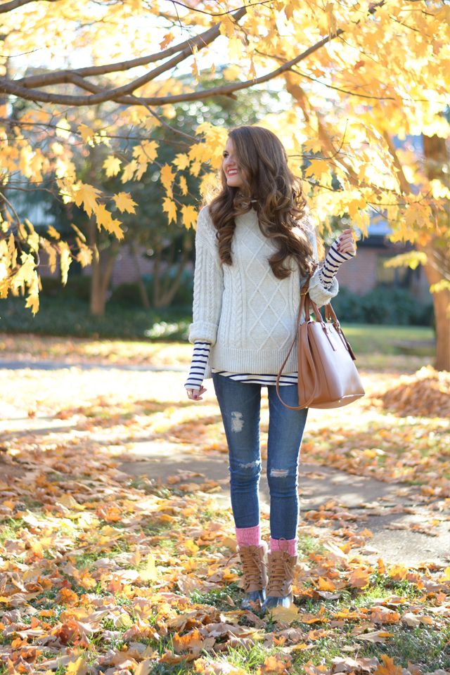This look is perfect for a day of holiday shopping. @cmcoving  #linklove: Southern Curls, Perfect Fall, Bloggers Style, Style Storms, Southern Pearls, Fall Uniforms, Fashion Bloggers, Closets Inspiration, Cold Weather