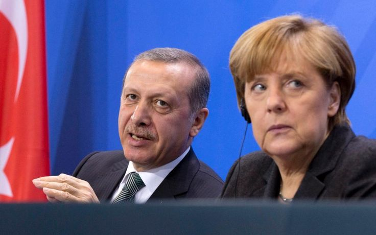 75 million Turks on course for visa-free travel in EU, despite not meeting key targets in refugee swap deal