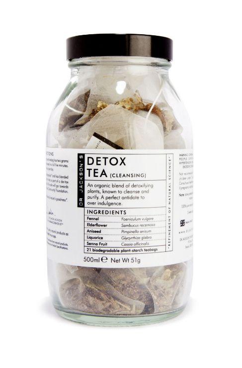 Detox Té de Dr. Jackson's es una infusión desintoxicante. Esta infusión está elaborada a base de hinojo, que favorece la buena digestión, y de semilla de anís, sauco y fruta de senna, que ayudan a eliminar toxinas y son ingredientes diuréticos y descongestionantes.