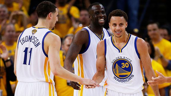 How many single-season on the road victories did #Warriors take to set an new #NBA record? www.nbabasketballquizgame.com