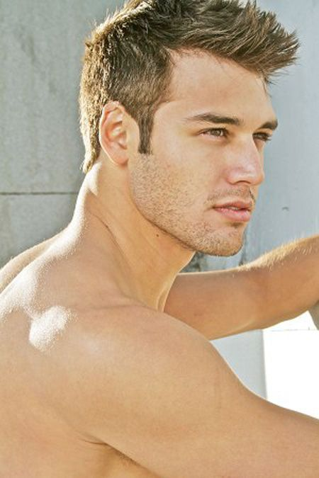 Ryan Guzman: my new celebrity crush... Yes Ali this is the new guy from PLL