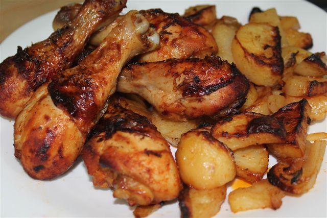 lihishmu | שוקי עוף בדבש ופפריקה עם תפוחי אדמה ובצל-קריספים וטעימים -בקלי קלות