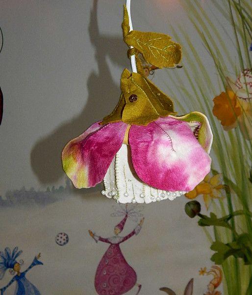 Great Christrose Lampe aus Filz m rchenhaft