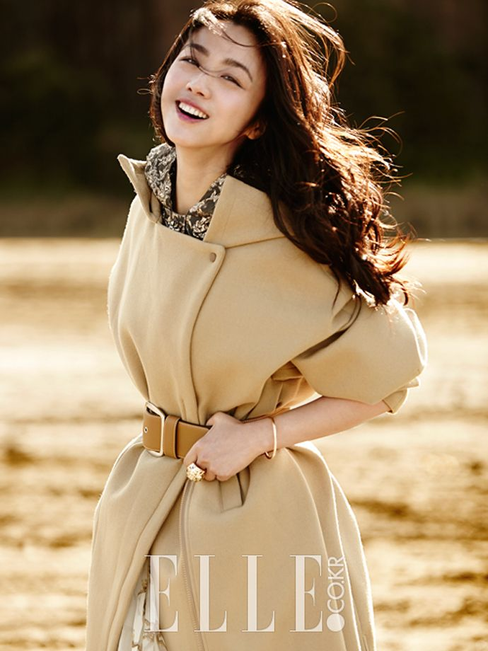 Cover Girl Tang Wei's Interior Spreads From Elle Korea's September 2014 Edition | Couch Kimchi