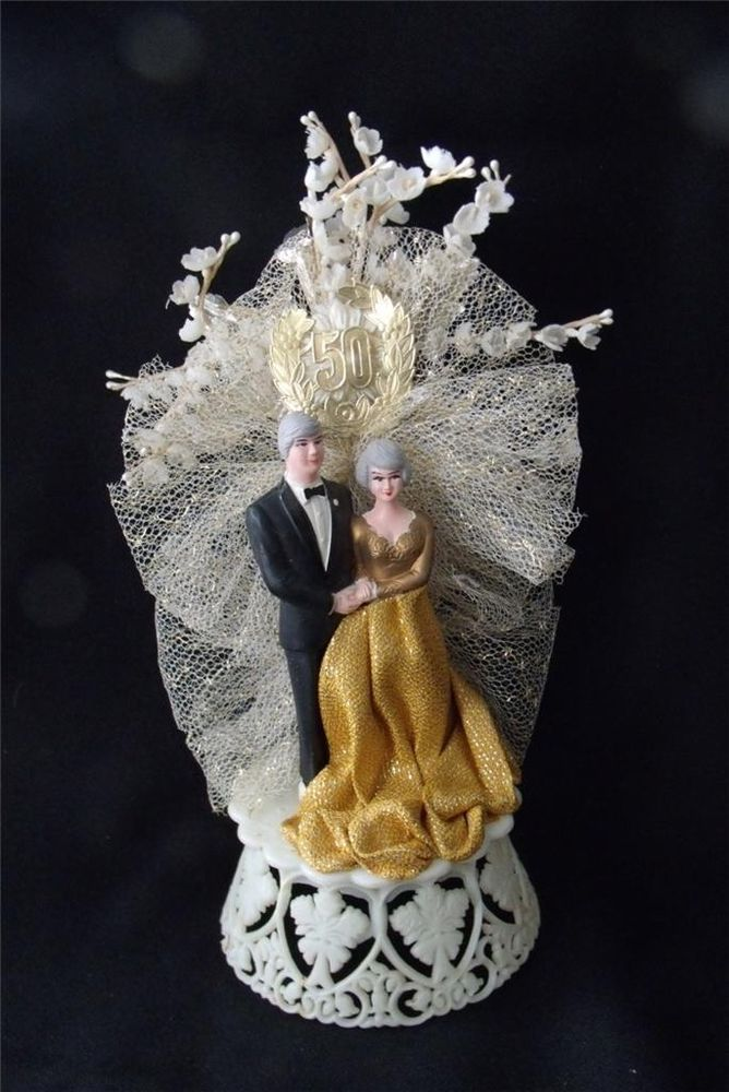 50th wedding cake tops 18 best 50th wedding anniversary cake toppers images on 10445