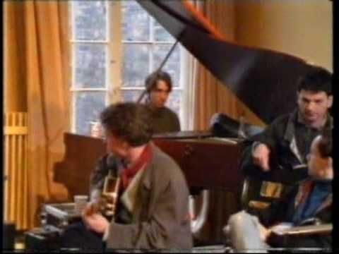 Filmed in Liverpool in January 1989 as part of a BBC documentary, features an interview with Sergei and footage of him rehearsing with Pop-Mekhanika.  The band features musicians from both Leningrad (such as Aleksandr Lyapin, Igor Cheridnik) and Liverpool (Will Sergeant of Echo and the Bunnymen)