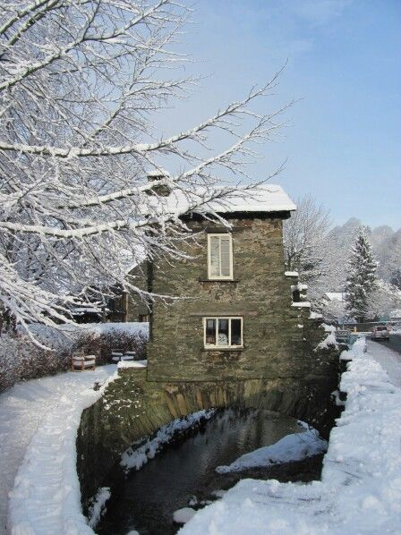 Ambleside is like a winter wonderland and when we make it to England, I love to visit this little cottage. There is an apple pie shop nearby too!