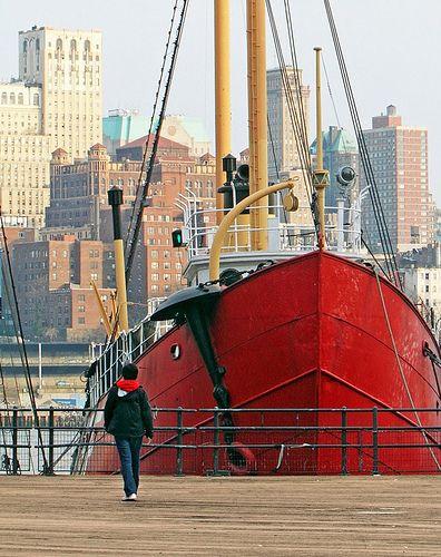* New York Pier 17 *
