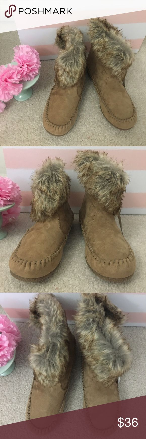 single lesbian women in moccasin Free two-day shipping for hundreds of thousands of items on orders of $35+ or free same-day store pick-up, plus free and easy returns save 5% every day with your target redcard.