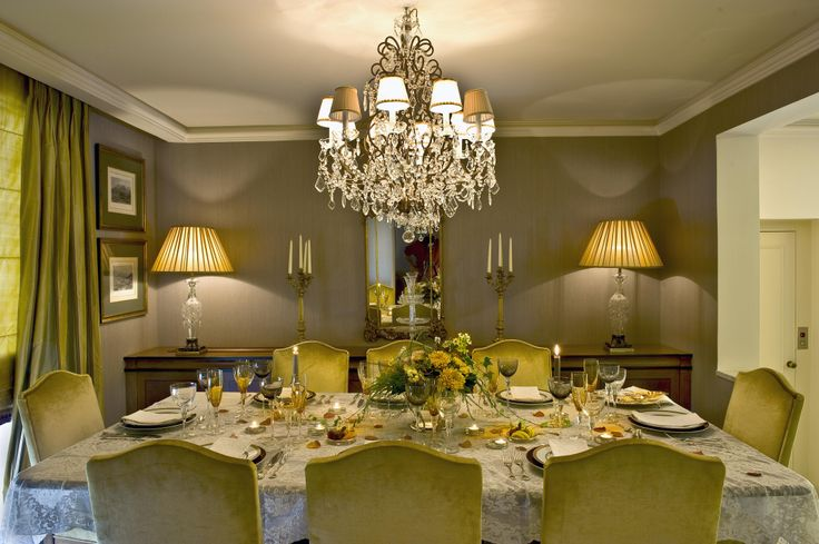single house  - dinning room/ Vouliagmeni  - Greece / interior designer Sissy Raptopoulou