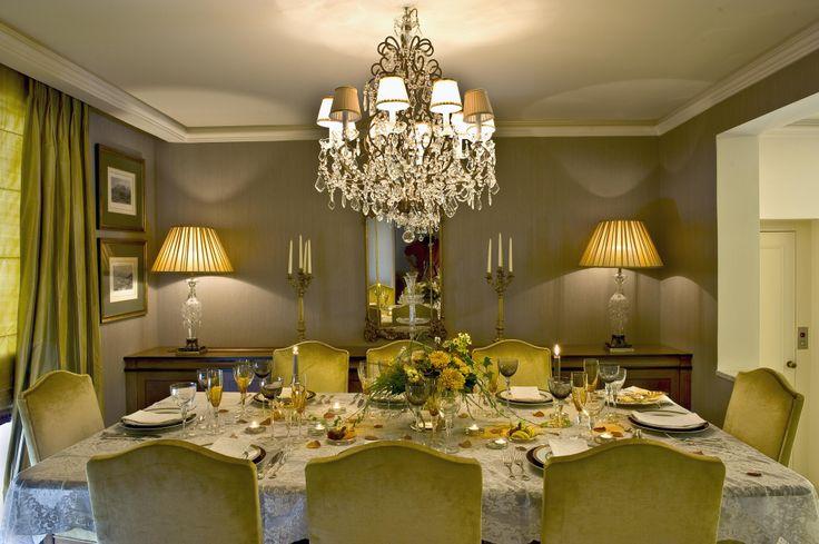 single house  - dinning room/ Vouliagmeni  - Greece / interior designer Sissy Raptopoulou
