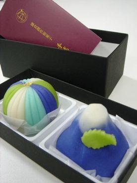 富士山の天然水オリジナル和菓子