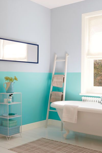 Why have just one colour on your bathroom walls when you can have two? This two-tone effect uses Marine Splash and Mineral Mist for twice the fun.