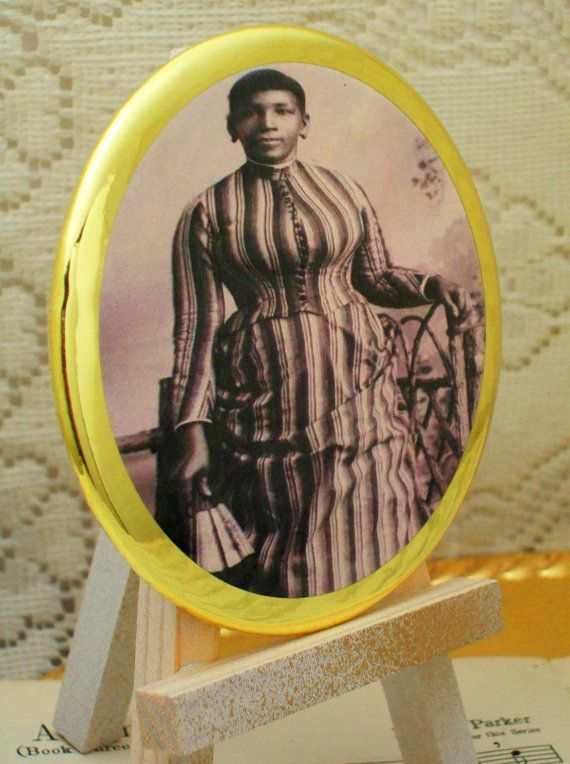 Historical Victorian Era African American Woman #2, Purse Mirror, Makeup Mirror, Cosmetic Mirrors, Handheld Mirrors and Magnets