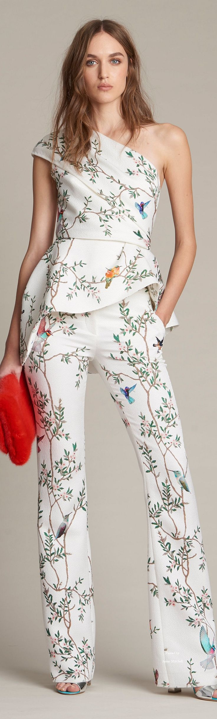 Monique Lhuillier Collection  Pre-Fall 2016 women fashion outfit clothing style apparel @roressclothes closet ideas