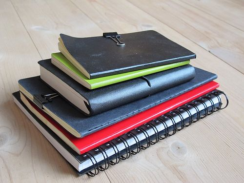 These organization tips are great for all students and also has tips to get ready for finals. It includes snacks that are also good to eat prior to exams. Very useful and definitely something I would use!