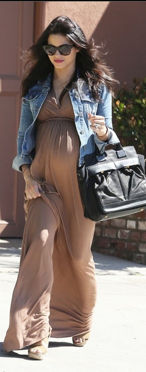 Jenna Dewan as Mira