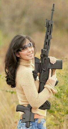Girls with Guns ❤