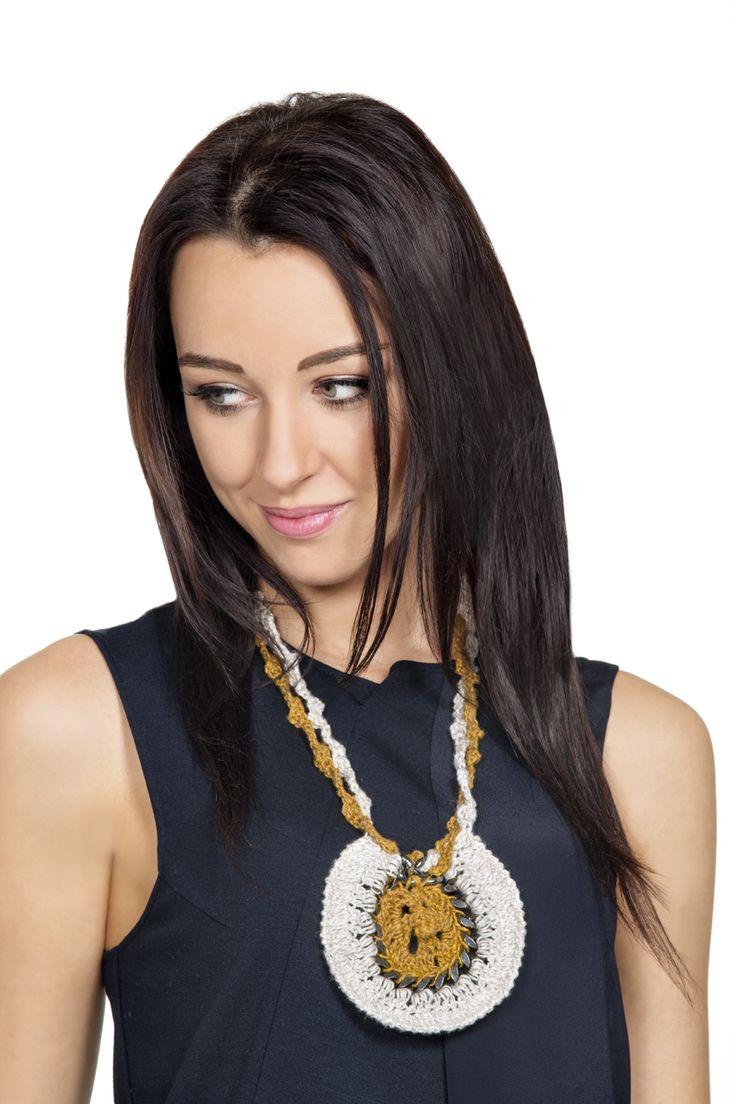 #beautiful #necklace for #women !  #lanemondial #filati #yarns #spring #summer 2016 #magazine n.27 Primavera/Estate