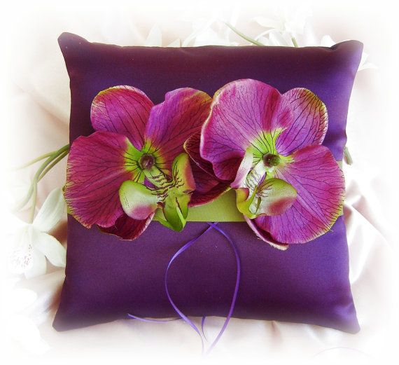 Wedding Pillow Purple Plum Green  Weddings Ring ♥ by All4Brides