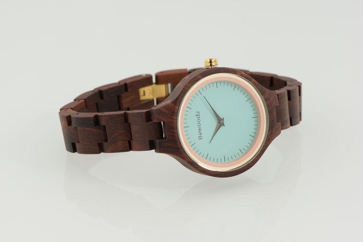 Armbanduhr Aus Holz Ukraine ~ Damen Holzuhr von Bewoodz  Armbanduhr aus Holz #Holzuhr