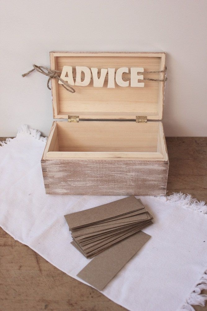 Casamento | Livro de Convidados (inspirações pra fazer o seu): Caixinha de conselhos.  Uma caixinha de conselhos, que seus amigos vão escrever para vocês. Pode sair muita coisa útil e muita coisa engraçada também!