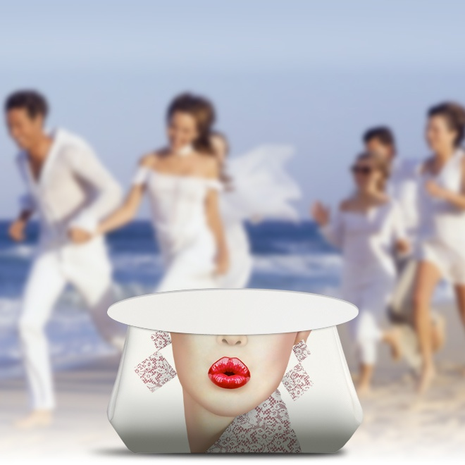 The Wedding Bags.  A new idea from Malavie The Exclusive Wedding Purse.  http://www.malavie.com/