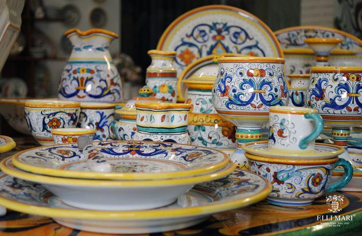 "Collection ""Ricco Deruta"". Ceramics 100% Made in Italy. #italianceramics #handmade #madeinitaly"