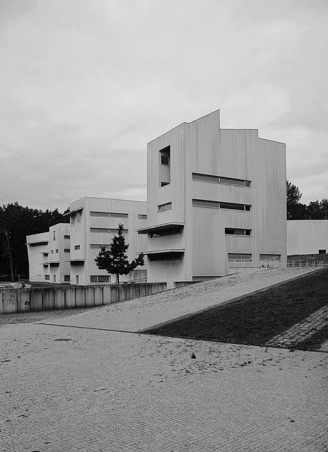 Álvaro Siza Vieira: University Dpt. of Architecture, Porto