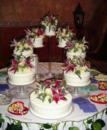 separate wedding cakes separate tier wedding cake wedding wedding 19750