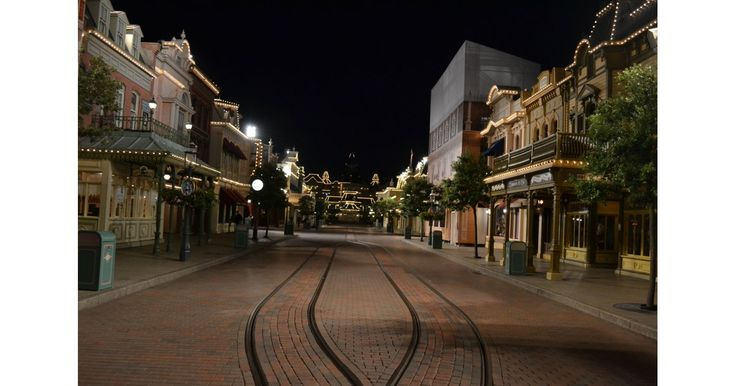 Disneyland stores are open for an hour past closing.