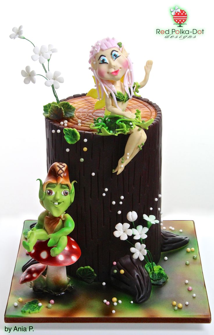 Food Design Da Dot : Fairy and goblin cake by red polka dot designs