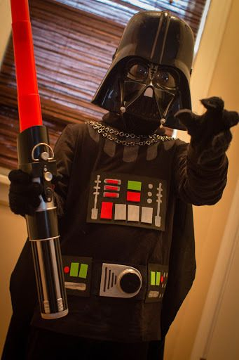 quasi-DIY Darth Vader costume | cityBee studio