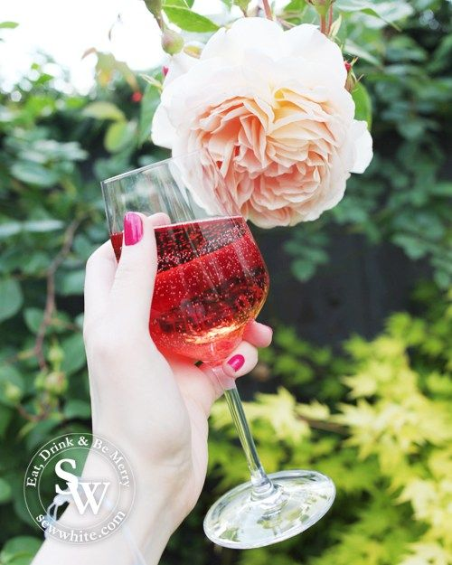 A Rosé wine holiday, pink wine, summer days